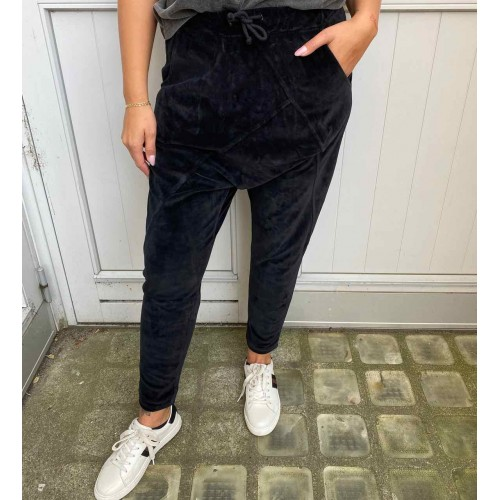 CABANA LIVING Velour baggy pants - black
